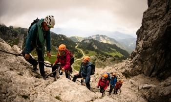 Klettersteigset Leihen Garmisch : Klettersteigkurs an der alpinspitze mit bergführer alpinschule garm