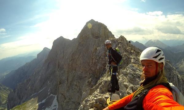 Kletterausrüstung Garmisch Leihen : Führung jubiläumsgrat bergführer alpinschule garmisch