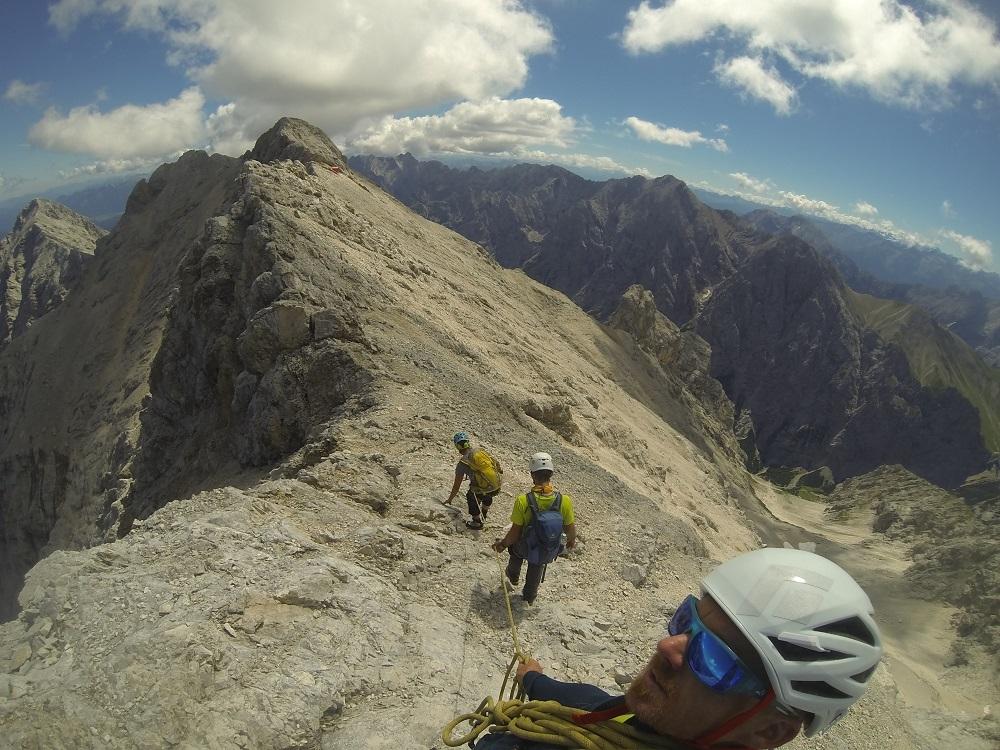 Jubiläumsgrat Klettersteigset : Alpinschule garmisch führung jubiläumsgrat mit bergführer