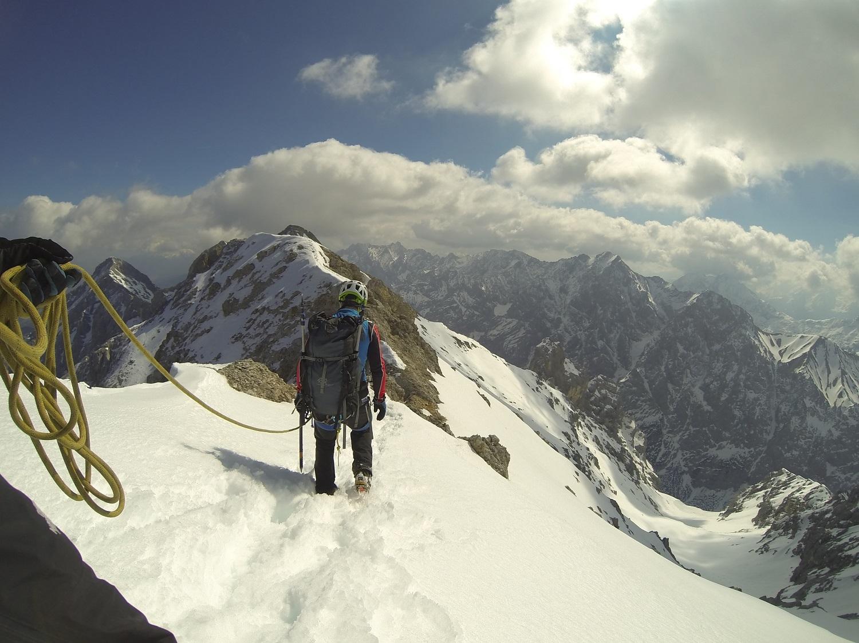 Jubiläumsgrat Klettersteigset : Winterbegehung jubiläumsgrat mit bergführer alpinschule garmisch