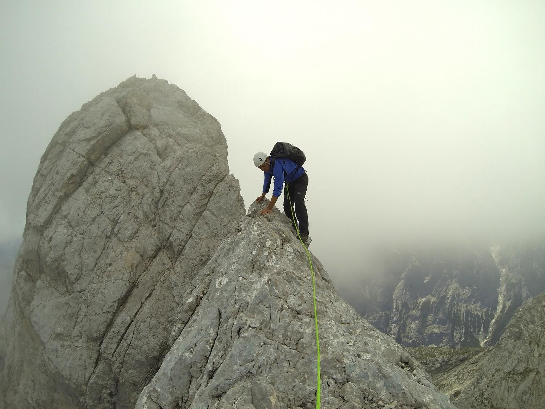 Kletterausrüstung Verleih Garmisch : Überschreitung des blassengrat mit der alpinschule garmisch