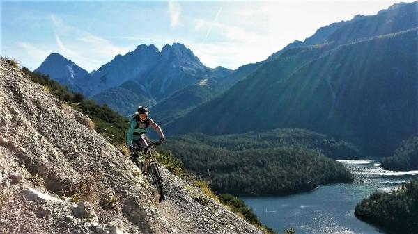Klettersteigset Ausleihen Garmisch : Geführte mountainbiketouren der blindseetrail am grubigstein