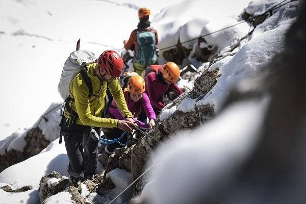 Klettersteigset Garmisch Ausleihen : Winterbesteigung der alpspitze mit bergführer alpinschule garmisch