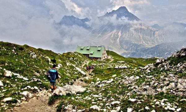 Klettersteigset Oberstdorf Leihen : Geführte bergwanderungen alpinschule garmisch