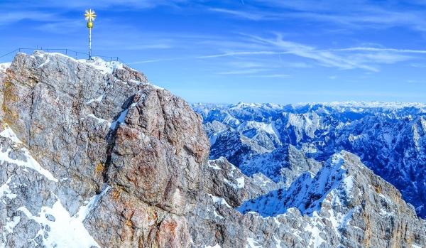 Kletterausrüstung Verleih Zugspitze : Schneeschuhwanderung auf der zugspitze alpinschule garmisch